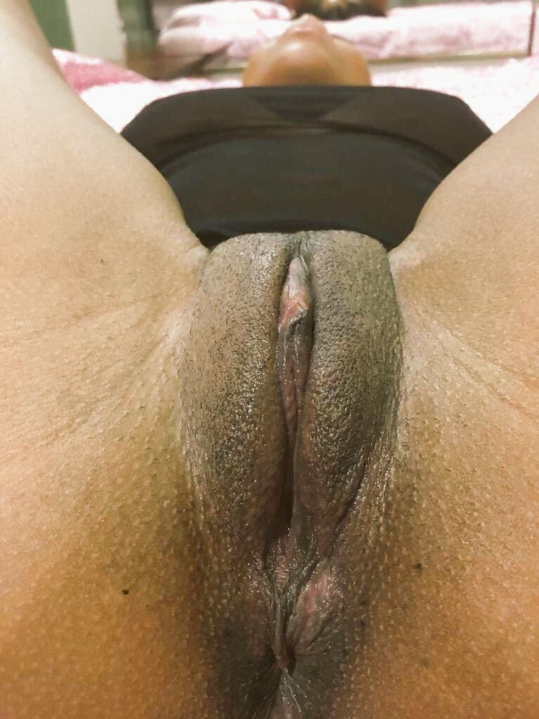 15 Young Mzansi Pussy Show off Pics